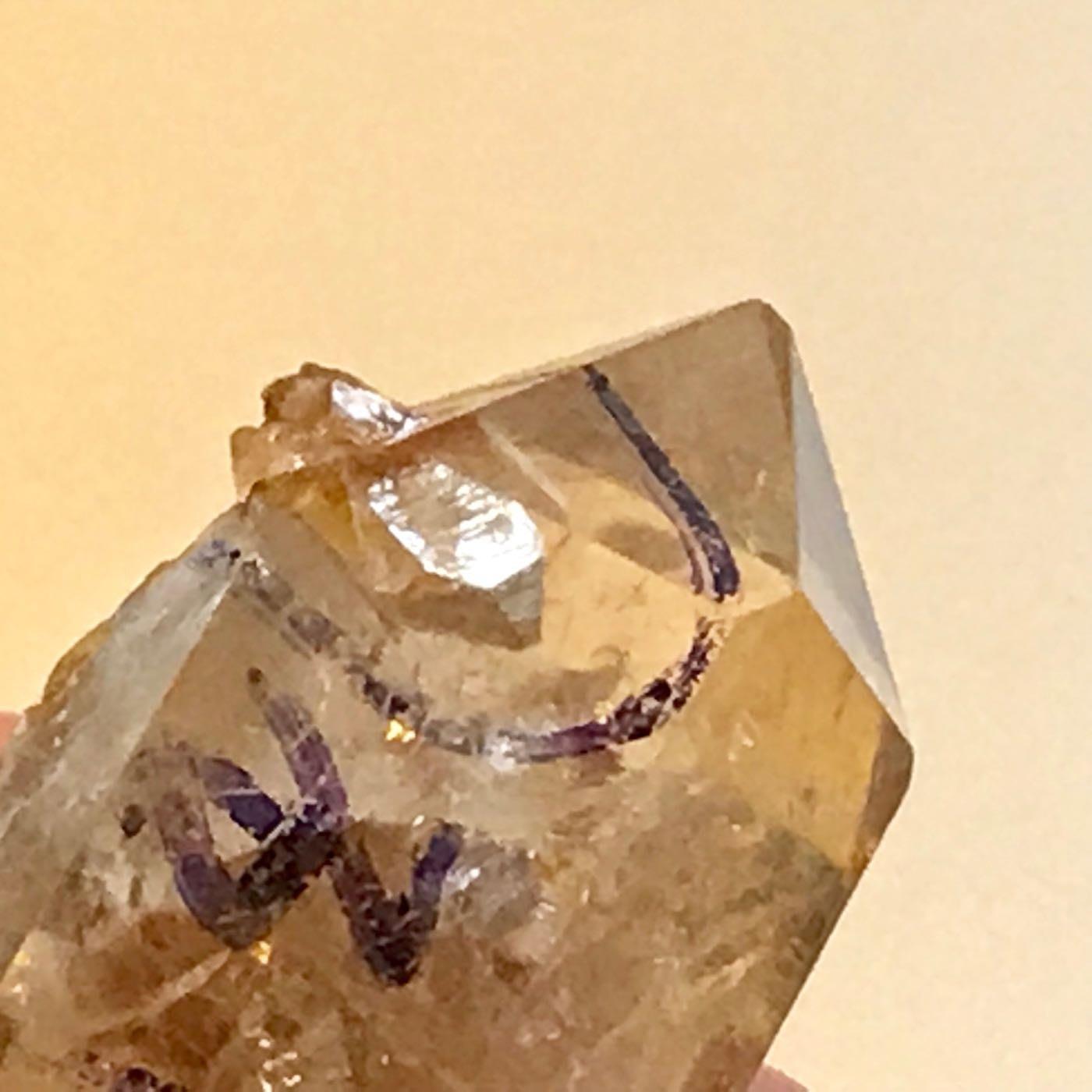 晶中晶 彩虹光 天然原礦 冰裂多 二次結晶 年代久 741