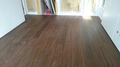 木地板 耐磨地板 厚皮核桃木地板