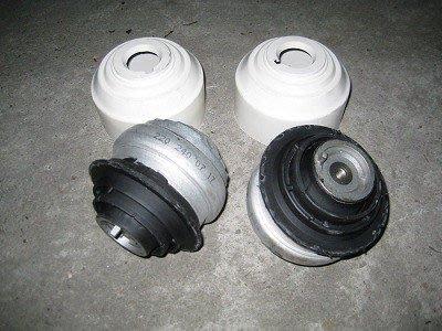 日歐BENZ《 R171 SLK200K引擎腳 》完工價W203 W211 W220 W208 W163 W140 W202 W210 W212 W204 W140 R170