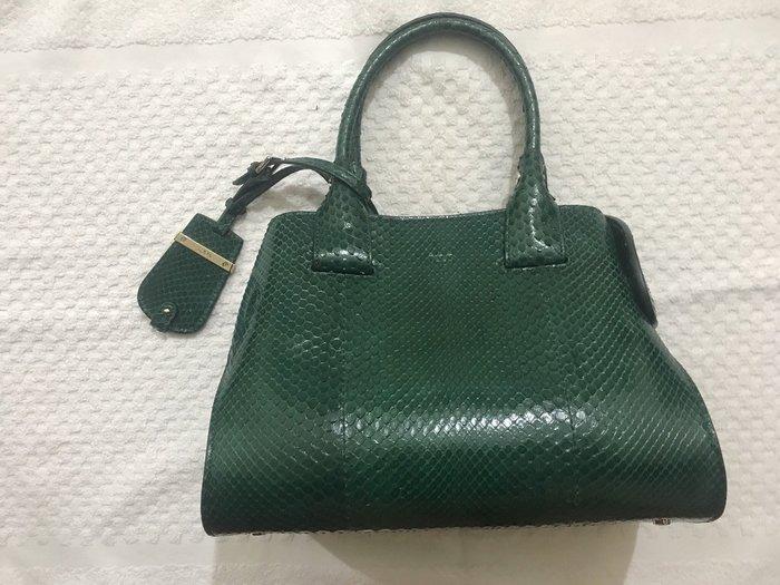 TOD'S 經典CAPE Bag~清倉降價~
