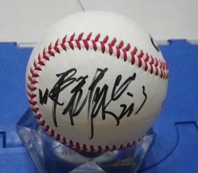 棒球天地---- 統一獅 陳鏞基 簽名全新中華職棒比賽球.字跡漂亮