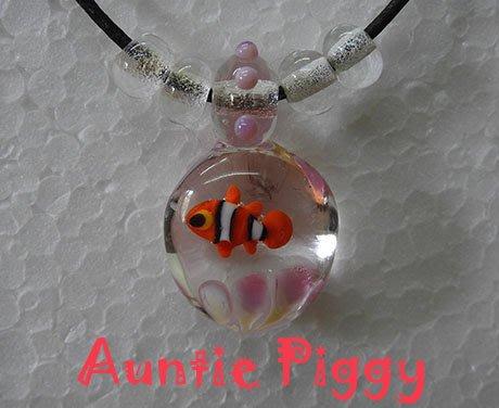 豬豬姨~Auntie Piggy~小丑魚玻璃項鍊~金魚玻璃項鍊~玻璃魚項鍊~