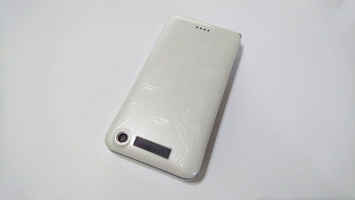 ✩手機寶藏點✩ Unic T568 折疊式雙卡手機 《附原廠電池+旅充或萬用充》 超商 貨到付款 讀A 88