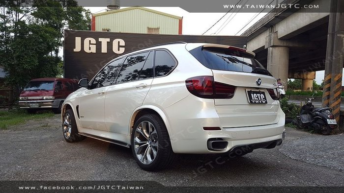 TAIWANJGTC BMW F15 X5 鼻頭 側裙 後下巴 前下巴  尾翼