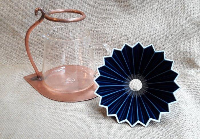 【多塔咖啡】日本進口  ORIGAMI 摺紙咖啡陶瓷濾杯組 M 第二代 (湛藍色) 2019咖啡冠軍專用杯 摺紙濾杯