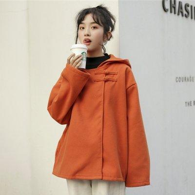 寶島小甜甜~短款小個子外套女冬裝設計感2021新款盤扣呢子大衣連帽毛呢外套