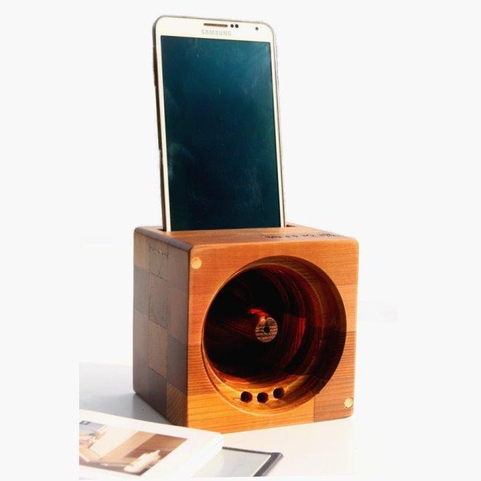 【鄉村玫瑰】 方塊吐司手機音箱-香杉色.手機音箱.實木喇叭