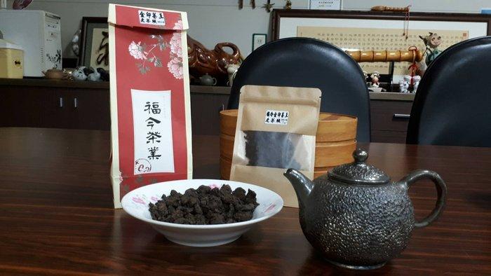 牛助坊~中國第一高端普洱品牌 2016金印茶王老茶頭 福今金印茶王熟茶渥堆過程中的產物 頂級產品 25g特價分享