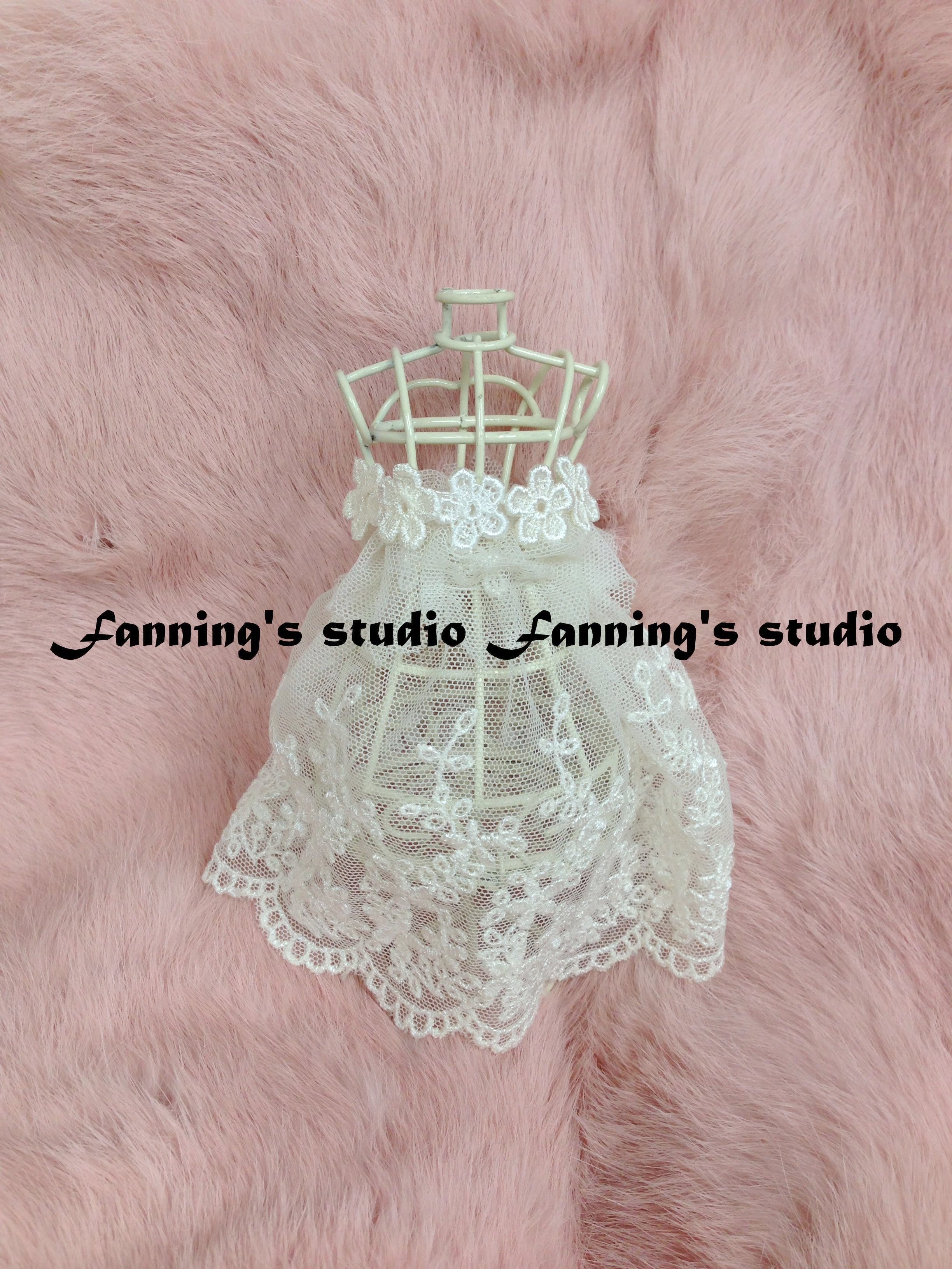 【芬妮卡Fanning服飾材料工坊】百搭精緻小花片 刺繡花邊 500片入