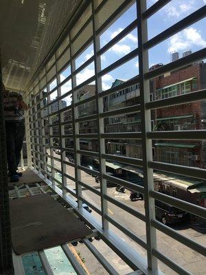 友發門窗 台北 陽台窗 凸窗 玻璃屋 隔音窗 氣密窗 鐵皮屋