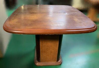 樂居二手家具(中)台中西屯二手傢俱買賣推薦 E120702*木色蝴蝶餐桌 *2手桌椅拍賣 會議桌椅 戶外休閒桌椅 課桌椅