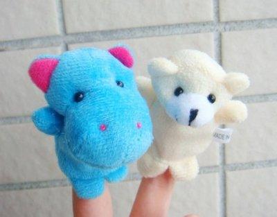 【夜市王】可愛的迷你小動物手指偶玩具 掛飾講故事道具 手指偶玩具1個15元