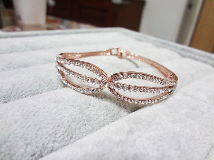 【Love Trina】8188-0217 金色華麗雙弧度感三線亮鑽點綴扣式手環。扣式手鍊-(金色)