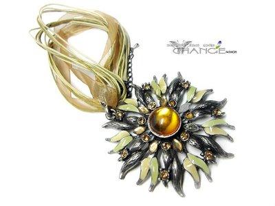 Change Fashion【羽采蝶】設計師彩釉-復古歐美風華麗貴氣獨特亮眼時尚花卉造型鑲鑽寶石項鍊