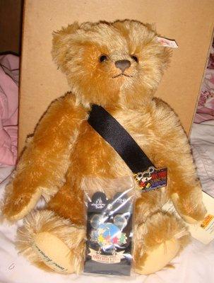 STEIFF 2000 Disney World Convention Theodore P. Trader Bear