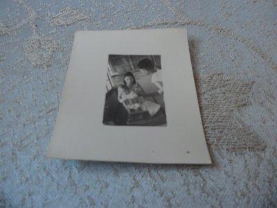 藍色小館10-10--------約40-50年代.生活照{3張}