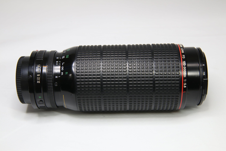 【代售】CANON NewFD 100-300mm 5.6L 高畫質紅圈L鏡,9成新,可轉接 SONY A7/A9~