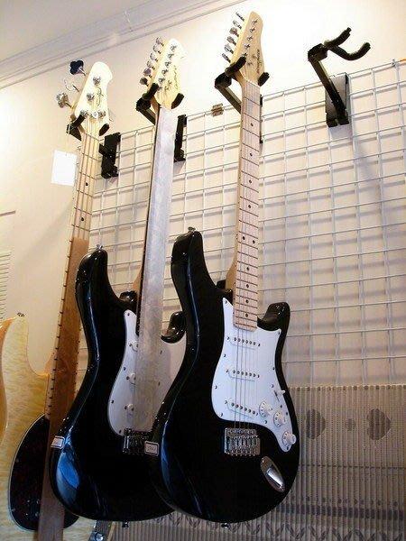 ☆ 唐尼樂器︵☆民謠吉他/電吉他/電貝斯 Bass 壁式掛架/吊架(配合格網使用)適合 ESP/ Jackson 等