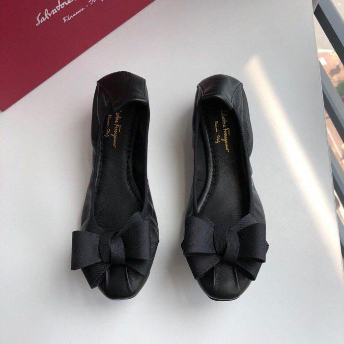 Chris 精品代購 SALVATORE FERRAGAMO 菲拉格慕 新款 蛋捲鞋 平底鞋 加厚柔軟 甜美雙蝴蝶結黑色