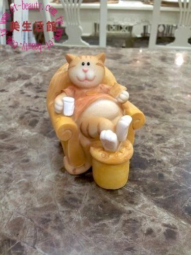 OUTLET限量低價出清美生活館--鄉村可愛 親親小懶貓 -- 小懶貓 沙發 A  / 擺飾 -卡哇伊--送禮自用