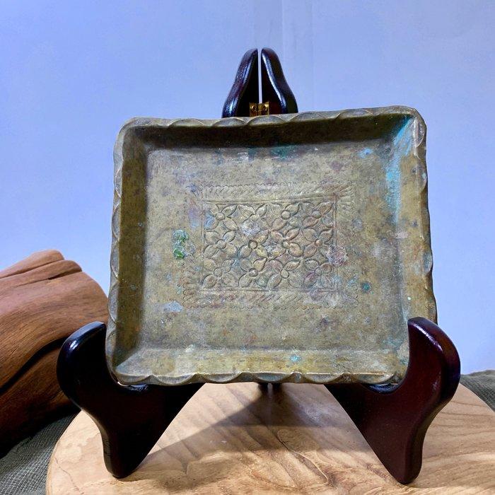 緬甸古董老件 四方老花盤 手工銅器 老銅盤