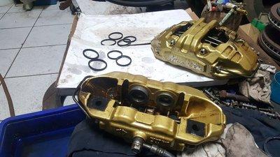 卡鉗漏油 油封更換整理 卡鉗喷沙改色整理ap brembo alcon endless JBT VTTR D1