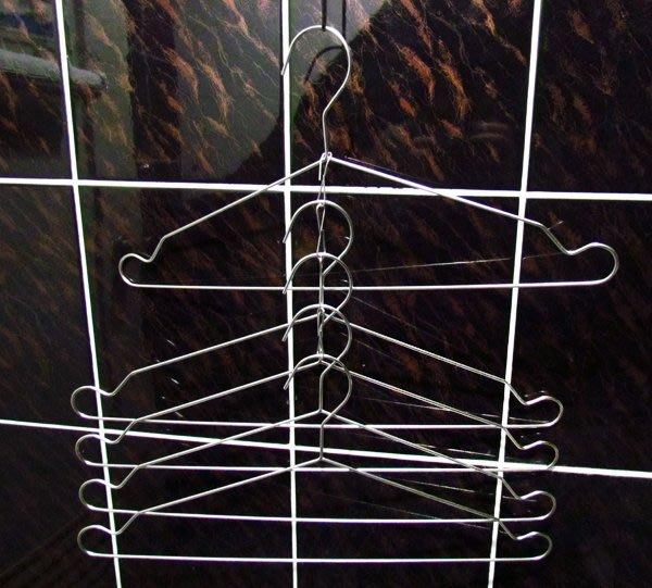 高品質不鏽鋼五連吊衣架,可以整串連掛,採用SUS304,保證同質產品中最高級材料,多功能設計☆成志金屬☆