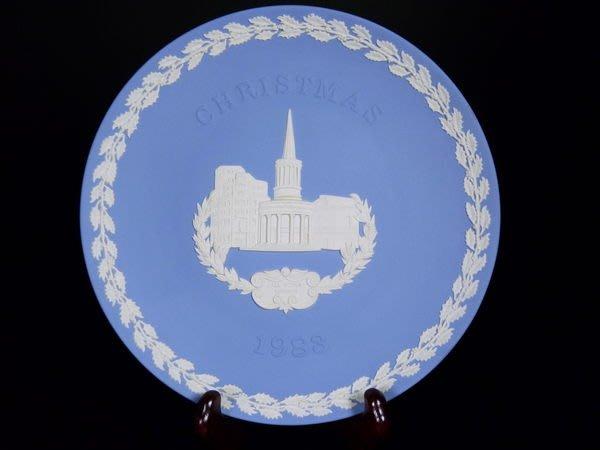 W36 WEDGWOOD JASPER  淺藍碧玉浮雕聖誕紀念瓷盤All Souls 附原裝盒, 尺寸20cm