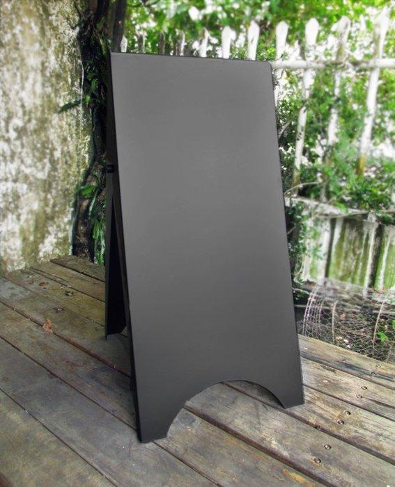 *獨樹一格*鐵製小三角立牌訂製,廣告招牌、DM架傳單架,金屬製品配專業質感烤漆,給予不同品味選項