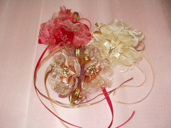 B. & W. world *美好美妙的花飾*R13162**加金、銀蔥手挽花***創意造型***增添浪漫氣氛~