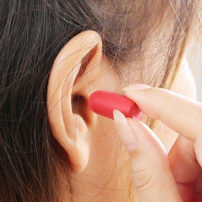 ☜shop go☞  耳塞 睡眠 靜音 耳罩 防噪音 睡覺 午睡用 重複使用 可水洗 泡棉隔音耳塞(盒裝) 【Z205】