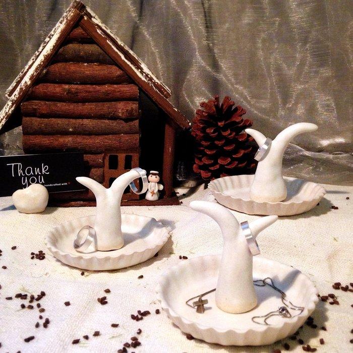[U'NIDO] 原創手作 限量手捏陶小樹飾品收納組-緞面白/ 療癒小物/ 飾品戒指座/ 暖心禮物/ 情人節/ 聖誕禮物