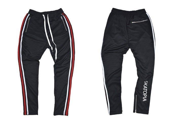 { POISON } SKATOPIA SIDE STRIPE PANTS LIMITED 細身版型側邊條拉鏈運動縮腳褲