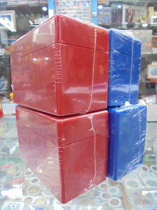 ☆孟宏館☆ PCCB鑒定盒收藏盒10枚裝空盒集藏盒評級幣專用收納盒有藍色紅色版~4個.1
