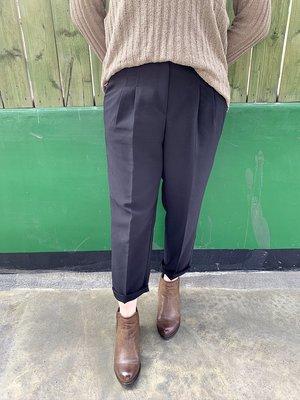 正韓 Nov-42 打褶扣環飾後鬆緊西裝褲 杏色 黑色 S~XL