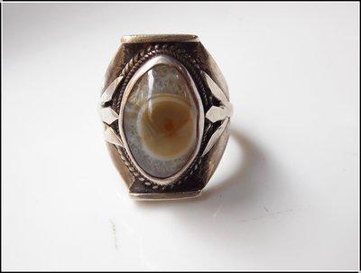【雅之賞|藏傳|佛教文物】特賣* 早期925純銀天眼珠戒指~071901