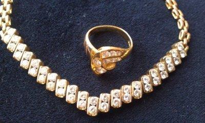 天然鑽石V形項鍊圓鑽42顆共3.71克拉(有證書) + 黃K金天然鑽石鑽戒