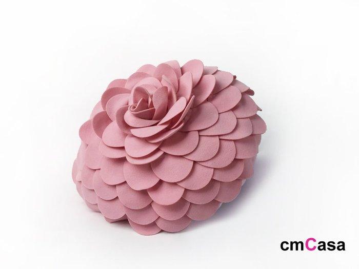 = cmCasa = [5188]現代立體視覺設計 peon?a立體花瓣抱枕套 多色意境新發行
