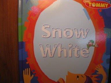 【愛悅二手書坊 O-03】 Snow White 第二冊