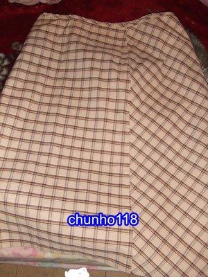 ~二手裙出清~全新 SINGLE NOBLE 獨身貴族 淺咖啡色格子短裙[夏季] XL (女)