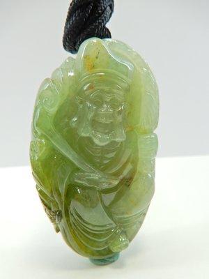 有個翡翠精品老料冰種淡綠帶翡立體濟公活佛手把件 絕美色美圓潤立體雕 翡翠緬甸玉/和闐玉/鑽石寶石祖母綠