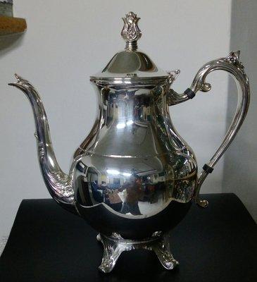 132艷麗美國鍍銀壺 FB  Rogers Silver Co 1883 Silver Plate Teapot