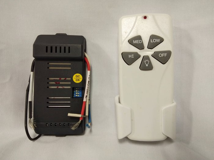「 4組下標處」保證我最便宜-----臺灣製 1對1遙控開關 燈具遙控器  電扇遙控器  馬達 吊扇 電扇