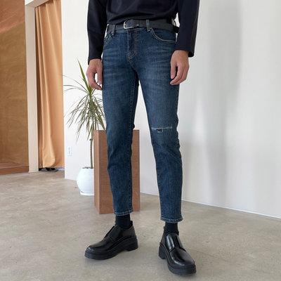 正韓男裝 水痕刷色刀割窄管修身顯瘦牛仔褲 / MT7723 KOREALINE 搖滾星球