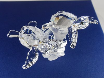 SWAROVSKI BABY SEA TURTLES RETIRED 2011 #826480 Mint in Box