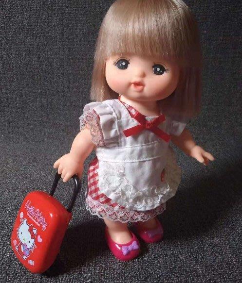 【小黑妞】小美樂巧虎小花家家酒由--小美樂小花皆可搭配-可愛KITTY小行李箱(不含娃娃及鞋子)