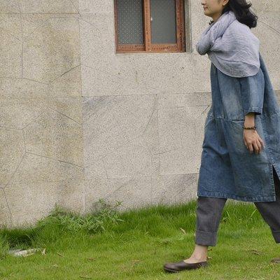 子芸芳--設計款襯衫 復古文藝風砂洗水磨做舊 V領牛仔盤扣連衣裙襯衫