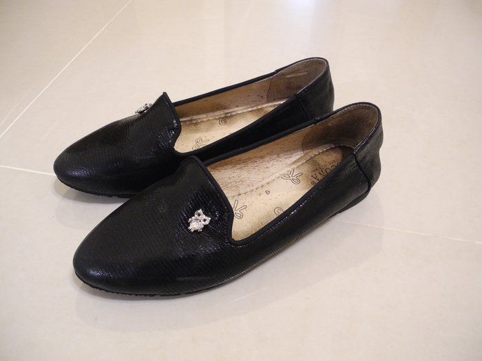 SCONA全皮黑色平底鞋 貓頭鷹鑽飾 休閒鞋 穆勒鞋 舒適懶人鞋 7號/24號/37號 鞋面無汙損 超取免運 萊爾富免運
