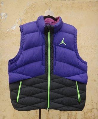jacob00765100 ~  正品 NIKE Jordan 紫黑色 立領 厚暖羽絨背心/外套 size: 3XL