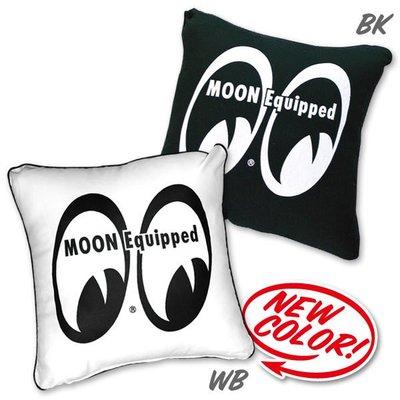 (I LOVE樂多)MOONEYES Equiped Cushion Cover LOGO抱枕/靠枕 家居車用實用又舒適